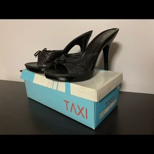 NWB Taxi Black Slip On Stilettos - Size 6